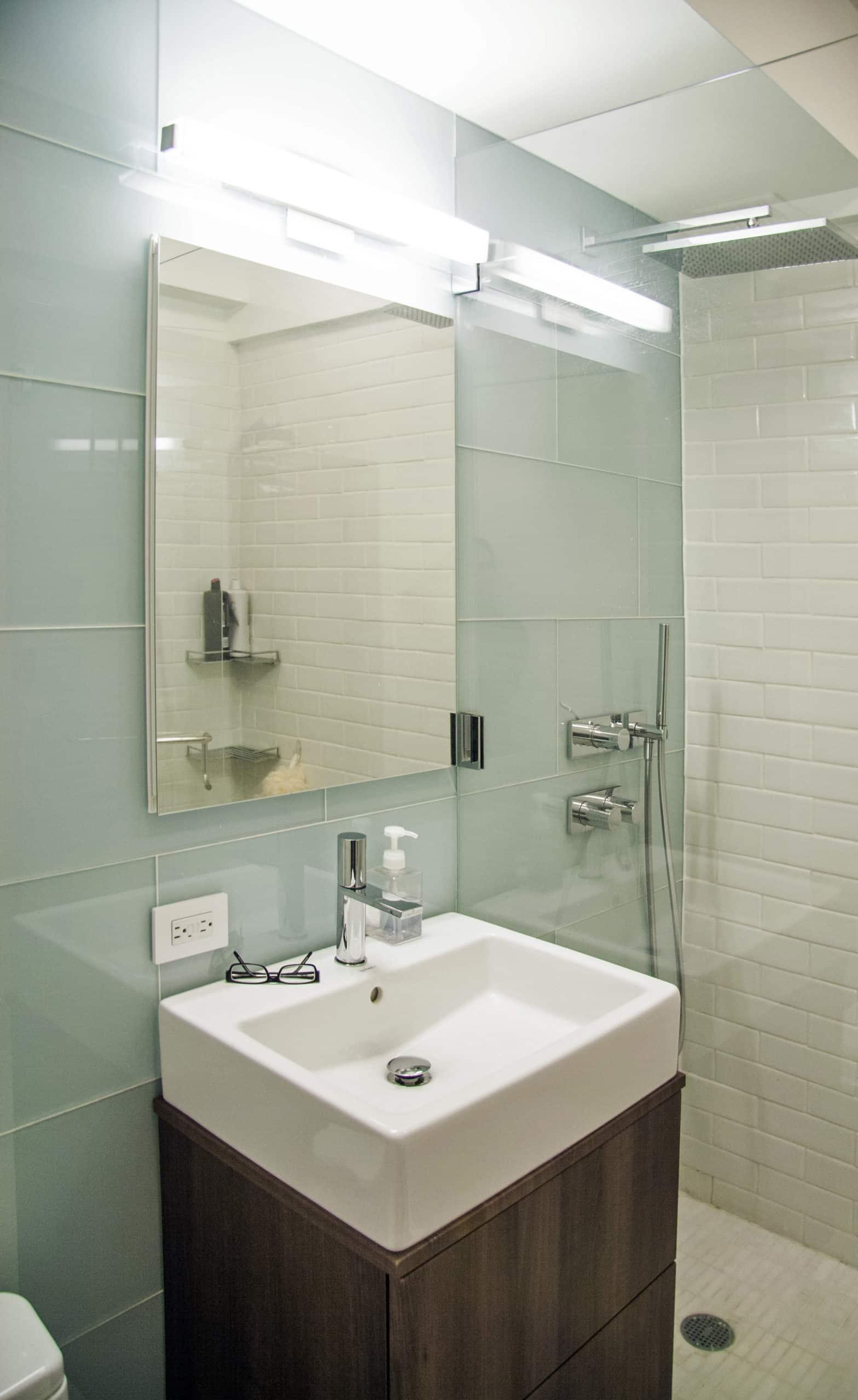 Bathroom renovation to maximise space Manhattan