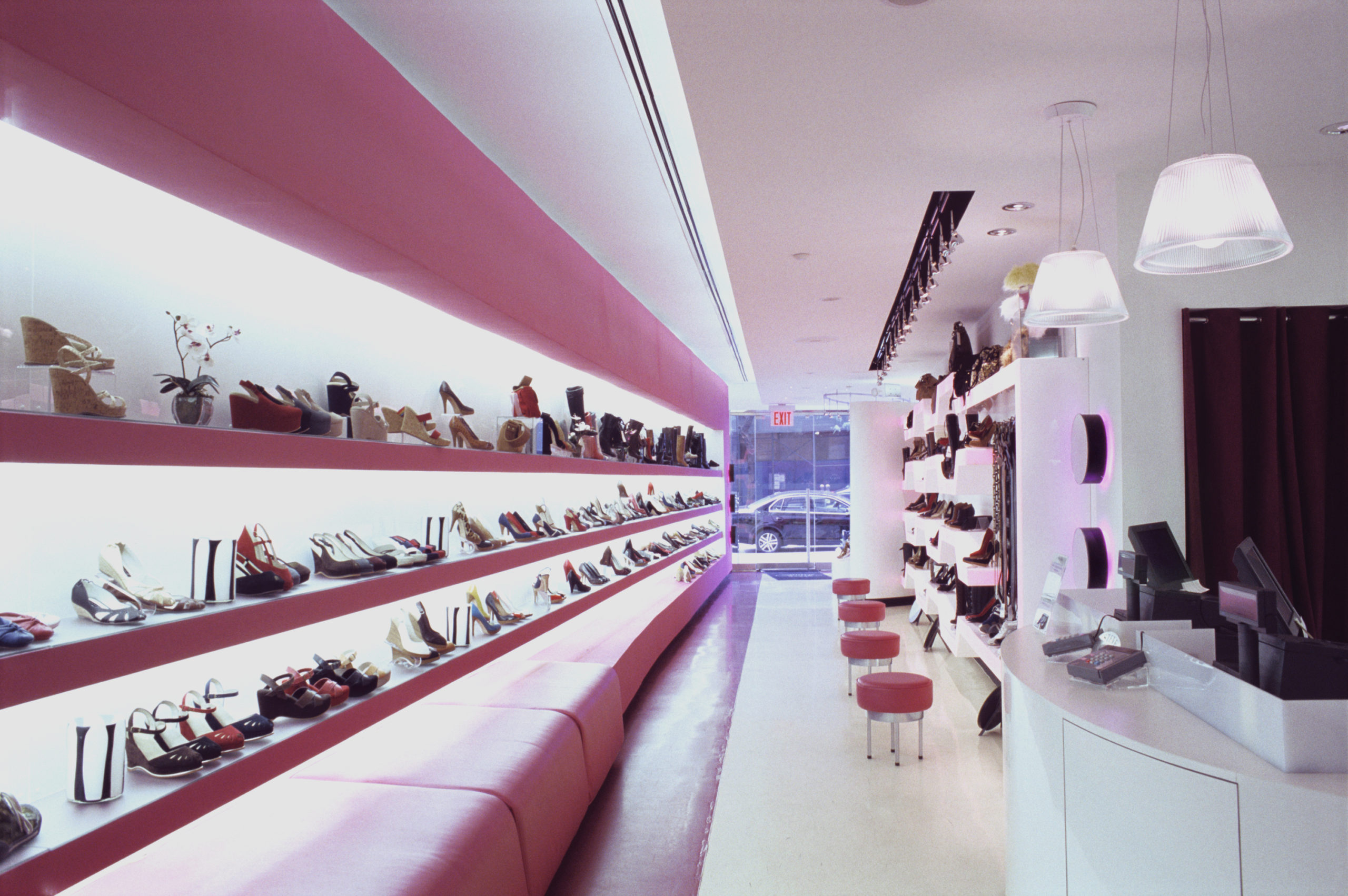 Steve Madden boutique design by EXD Architecture